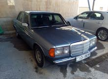 Automatic Mercedes Benz E 200 for sale
