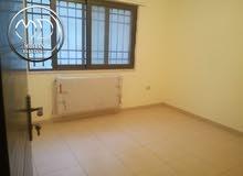 شقة اخير مع روف جديدة للبيع الأمير راشد قرب شيلي ويز مساحة 185م مع روف 100م .