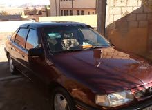 For sale 1990 Maroon Vectra