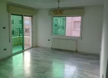 spacious unfurnished 3 bedroom appartment close to U of J
