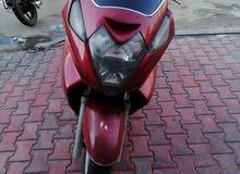 مكلف بالنشر دراجة فورزا حجم المحرك 600 لون احمر