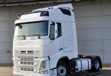 للبيع بسعر ممتاز وحالة نظيفة بمعرضنا شاحنه فولفو fh 460 موديل 2015