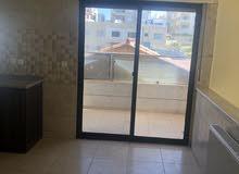 شقة فارغة في منطقة الجبيهه للايجار فقط سوبر ديلوكس 3 نوم مساحة 235 م²