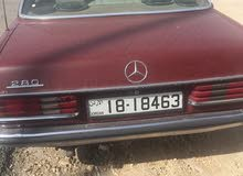 Mercedes Benz E 200 1980 For sale - Maroon color
