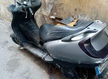 للبيع دراجة هوندا 1999