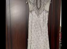 فستان طويل فاخر