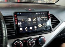 شاشات سمارت بلس اندرويد مع امبليفاير داخلي للشاشة لجميع انواع السيارات