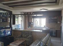 شقة دوبلكس مميزة بديكورها وموقعها للبيع في منطقة السبتية