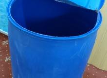 برميل ماء أزرق