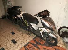 اثنان دراجة نارية نوع ياماها 125cc سفار للبيع