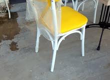 طاولات وكراسي للمقاهى