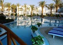 - مطلوب كاشير بمرتب1800 جنية و تبس عالي جدا لفنادق في شرم الشيخ