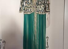 فستان سهرة ملبوس شبه جديد