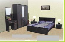 لدي غرفة نوم كاملة منزل بسعر قوي جدا 1300