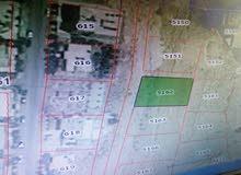 أرض مساحتها 630 م2 للبيع في عطل الزرقاء والرصيفة / الزواهرة