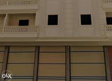 محلين مساحة 175 متر ڤيو بحر تماماً بجوار فندق الحرم