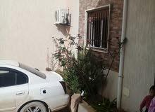 منزل للبيع بعين زارة خلف جامع الكحيلي