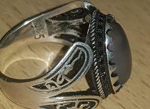 خاتم فضة جديد يحتوي على 4 اسماء ( حسن / حسين / علي / فاطمة )