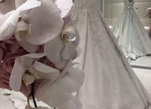 فستان زفاف راقي للبيع او الايجار