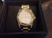 ساعة فاخرة مايكل كورس غير مستعملة للبيع لون rose gold