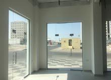 شقق ومكاتب ومحلات جديدة للايجار بسوق الخوض