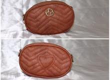 حقيبة نسائية ، اللون : بني