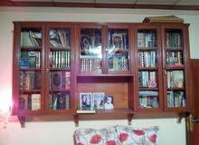 مكتبه وكتب متنوعه