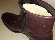 بوت انقليزي جلد طبيعي ماركة باركر