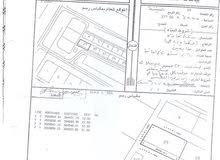 للبيع أرض سكني تجارة في السنينة وسط الخدمات