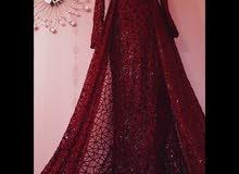 فستان للأيجار