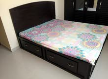 King size bed with cot