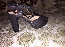 sandal neuf bon état pointure 37