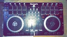 DJ Numark Mix Quad