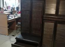خزانة احذية بمقعد جلد