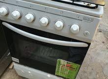 Urgent cooker for sale used طباخة مستعملة شبه جديدة لم تكمل 6 اشهر مع الظمان