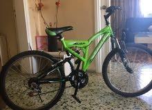 دراجة مع قطع اصلية واضافات