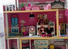 barbie doll house with accessories