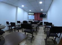 مكتب تجاري او استثماري للبيع او البدل في عرجان