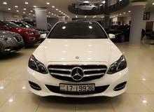 White Mercedes Benz E 200 2014 for sale