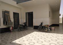 فيلا للبيع درج صالة+2شقة 450م بنمار
