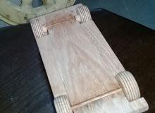 سيارة خشب موديل قديم