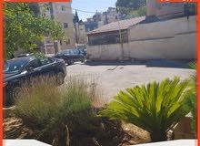 بناية مكونة من 3 طوابق + تسوية + روف، للبيع في منطقة جبل عمان