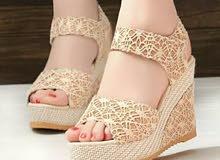 حذاء فخم ذات كعب عالي