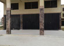 جديد محل تجاري للكراء بثمن مناسب موقع استراتيجي قريب للمدارس واسواق  في لكامومي
