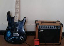 guitar for sale with equlizer and padel