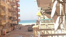 شقة 125 متر / رابع عمارة من البحر