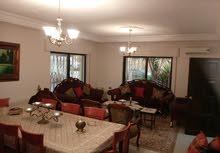 Al Rabiah neighborhood Amman city - 300 sqm apartment for sale