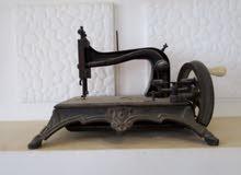 مكينة خياطة أثرية