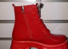 أحذية نسائية موريحة