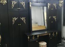 غرفة نوم ماستر طابقين خشب لاتيه 18 قشرة بلوط بحالة جيدة جدا بسعر 330 دينار